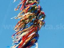 Oslavy oslobodenia našej obce a stavanie mája