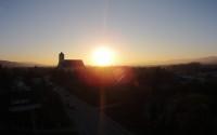 Košeca pri západe slnka