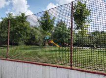 Na ihrisku Prúdy už je nainštalovaná ochranná sieť